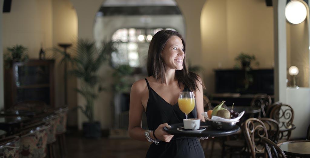 Hay pequeños gestos, detalles que pueden hacer que tus huéspedes estén más contentos durante sus estadías en tu hotel. Les dejamos algunos tips, aunque sabemos que no todos pueden ser aplicables a todos los hoteles, pueden ser útiles para despertar nuevas ideas.